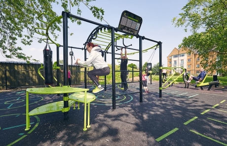 Outdoor gym fitness centre in Hounslow